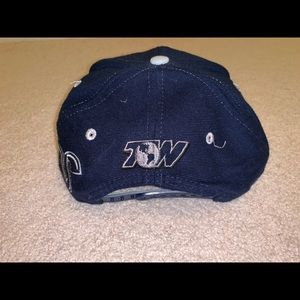 size 40 56e3b 7cafb Top of the World Accessories - Vintage Georgetown Hoyas University SnapBack  hat